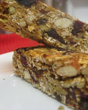 Homemade Granola Bars – Mix and Match with Your Favorite Ingredients