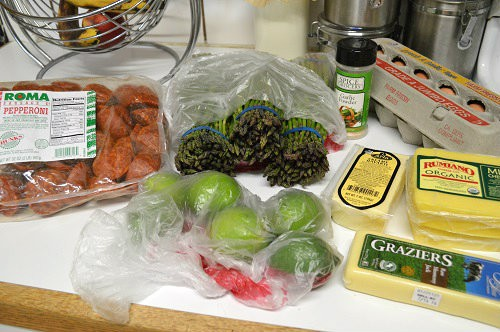 A frugal real food budget is possible! Feeding a Family of 4 on $330 Each Month :: DontWastetheCrumbs.com