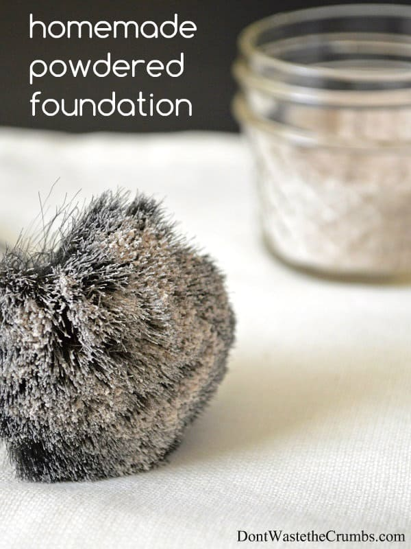 Homemade Powdered Foundation | All Natural Alternative to Chemicals | DontWastetheCrumbs.com