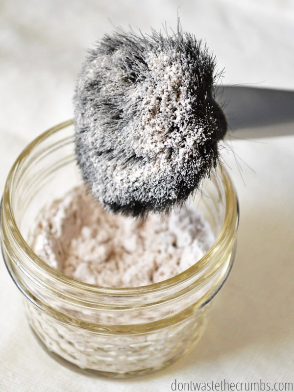 Do you have sensitive or acne prone skin? This homemade powdered foundation has simple ingredients that will nourish and heal your skin. Whip up a batch today with items found in your kitchen!