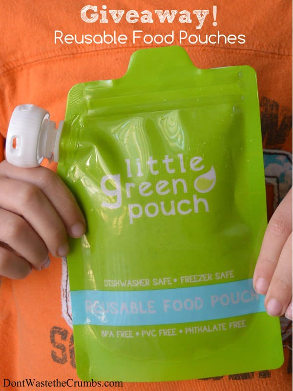 Snack pouches are so convenient! Check out these reusable food pouches that are made of a durable plastic that is freezable, dishwasher safe, BPA-free, PVC-free & phthalate-free. :: DontWastetheCrumbs.com