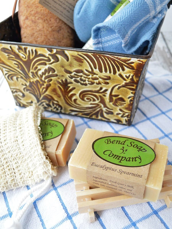 Do you have sensitive skin? Switch to goat milk soap! Read these seven benefits to goat milk soap and learn why you should make the switch.