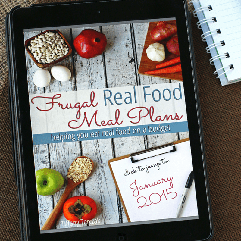 Finally! A frugal real food meal plan that will help you eat real food on a budget. Yes, it's possible, and no real food is not expensive! Let us help with the only meal plan created with your budget in mind. :: DontWastetheCrumbs.com