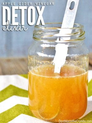 An apple cider vinegar detox elixir to drink daily to improve digestion & increase energy. An easy way to improve your health from the inside out! :: DontWastetheCrumbs.com