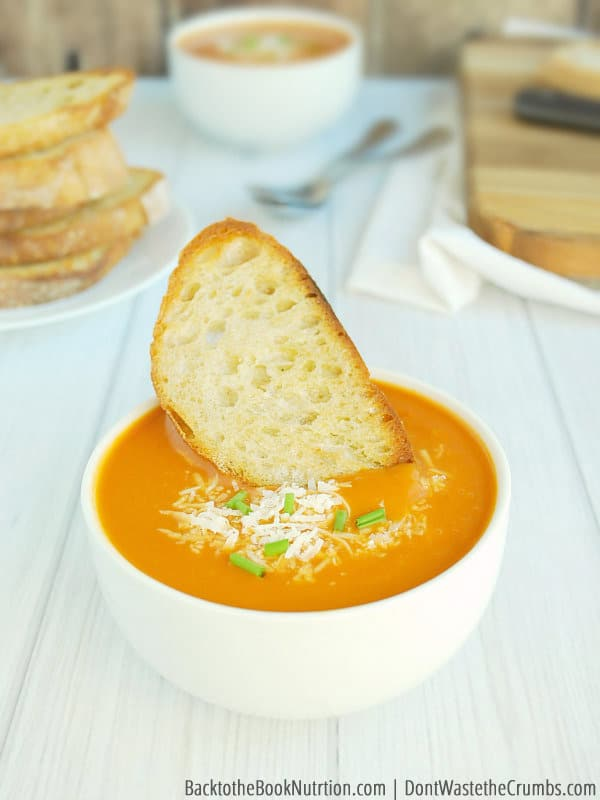 Tired of plain bread with soup? Make perfect crostini in less than 15 minutes, and turn boring soup into a full meal. Costs less than $1 per batch! :: DontWastetheCrumbs.com