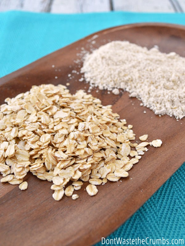 Adding oat flour to baked goods is a great way to increase nutrients! Make homemade oat flour at home with your blender!
