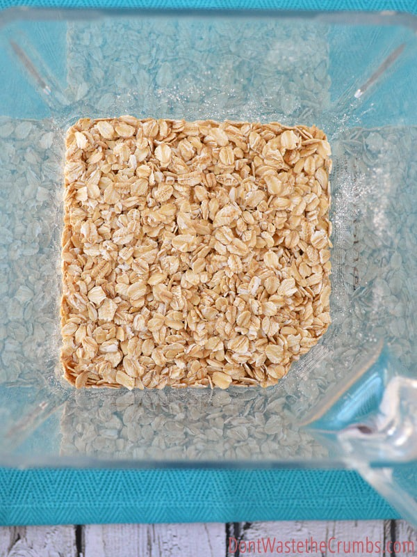 """Do you want to """"sneak"""" nutrition into your cookies? Add some homemade oat flour! It only takes a few minutes to make and add a great amount of nutrients to your baked goods."""