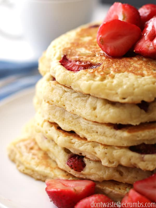 Does your family love pancakes? Try this easy recipe to add some flavor to your pancakes!