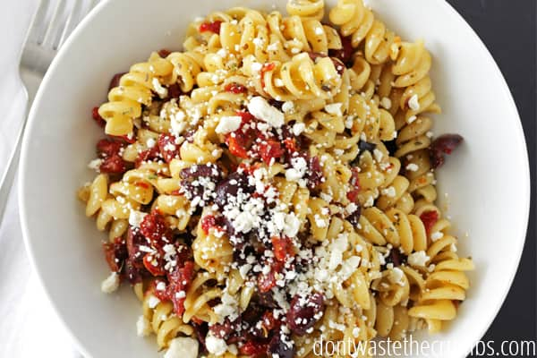 Greek salad dressing and greek pasta salad recipe greek pasta salad greek salad dressing recipe forumfinder