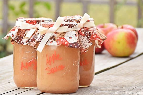 Canning AppleSauce 11
