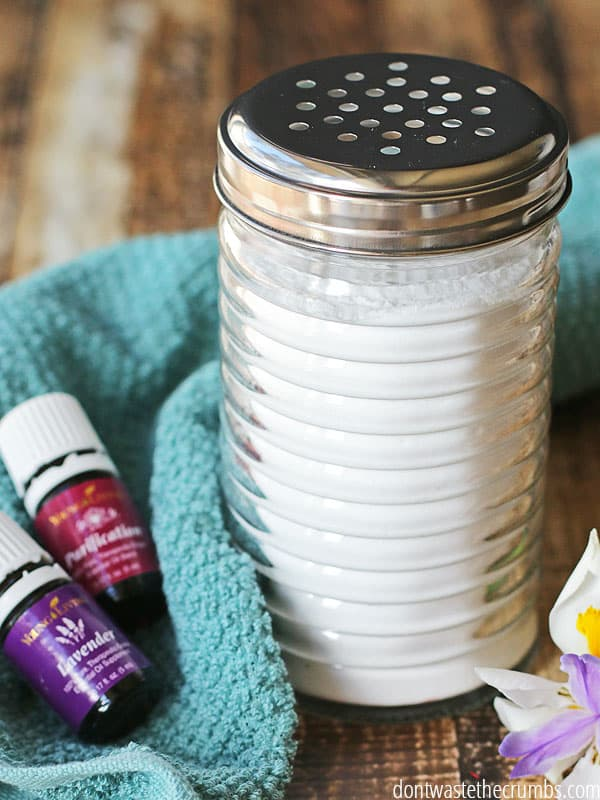 This all natural DIY homemade carpet deodorizer is amazing! It's easy to  make, super