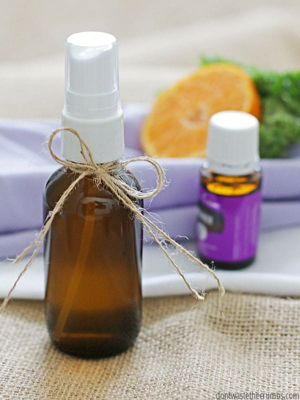 Super simple tutorial showing how to make your own linen spray with essential oils. I've freshened pillows, sheets and the entire room in my favorite scent with just two simple ingredients. Lavender and rosemary is my favorite combination - but I wish I had thought about this sooner! :: DontWastetheCrumbs.com