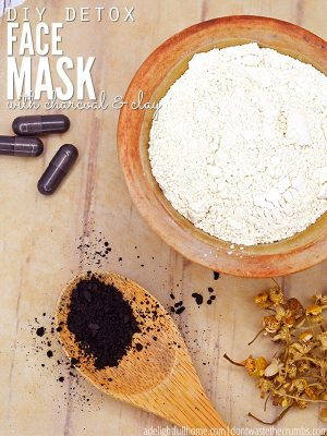 Simple DIY Detox Face Mask with Charcoal and Clay