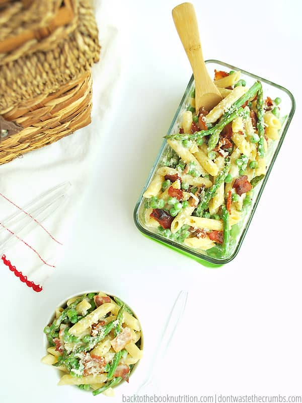 My kids LOVE this spring vegetable pasta salad! It's so easy to make, and it's ready in just 30 minutes. It's delicious hot or cold, perfect for picnics and costs just $2.80 per serving! Plus it's fancy enough for a potluck, yet frugal enough not to kill your budget! :: DontWastetheCrumbs.com