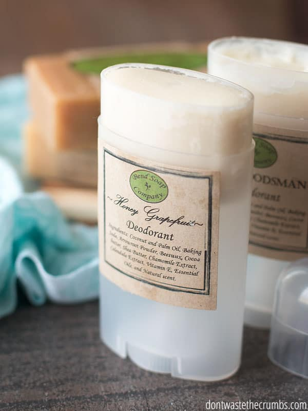 You've got to read this natural deodorant review and understand why we should avoid conventional deodorant. I love that this natural deodorant is non-toxic, gentle on the skin and it actually works! :: DontWastetheCrumbs.com