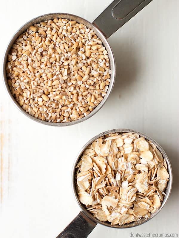 This method for overnight steel cut oats is the easiest way to cook them. Five minutes on the stove and they sit overnight. Easy peasy! :: DontWastetheCrumbs.com