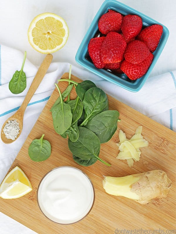 What do you do to wash your produce? Try one of these natural veggie wash recipes to keep your food clean and free of pesticides.