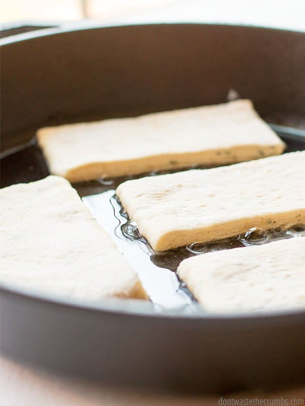 Need a fresh side besides biscuits for dinner? Try rosemary sea salt flatbread! It's amazing!