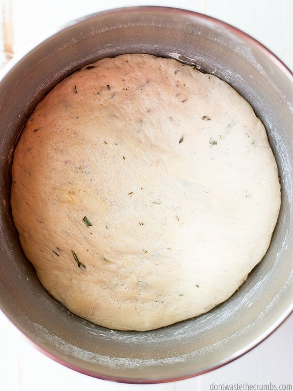 This real food rosemary flatbread recipe is to die for! It is now my family's top bread side dish for dinner. So easy to make and all real food ingredients!