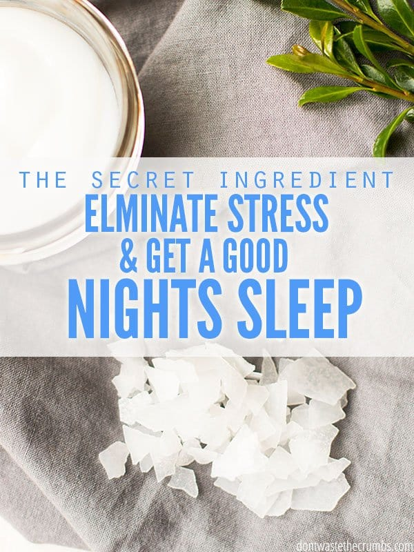 The benefits of magnesium include reducing stress & anxiety, promoting weight loss, sleep & healthy skin. I sleep so good - this is one thing I never skip! :: DontWastetheCrumbs.com
