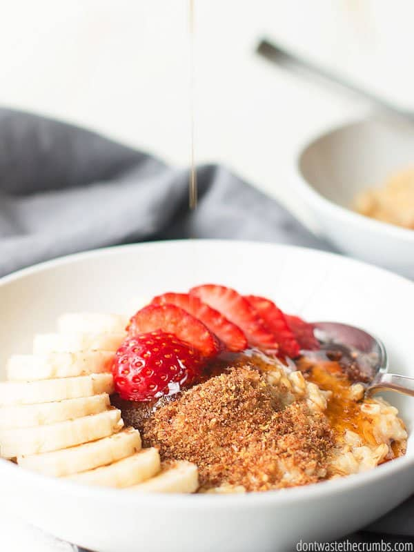 This high protein oatmeal is INDULGENT! Yes, I used those words all together. You don't have to eat bland boring food when training for your big day.
