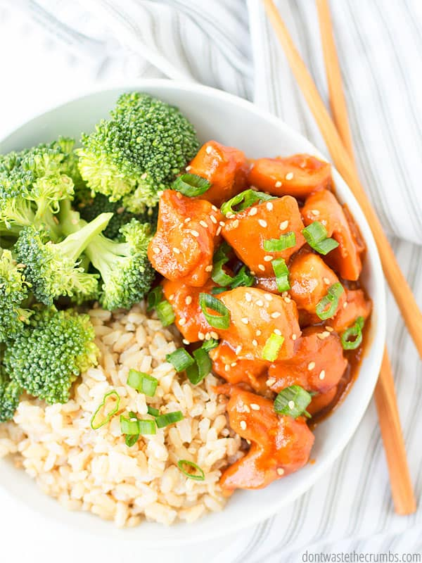 Healthy eating within your budget IS possible with this clean eating meal plan!