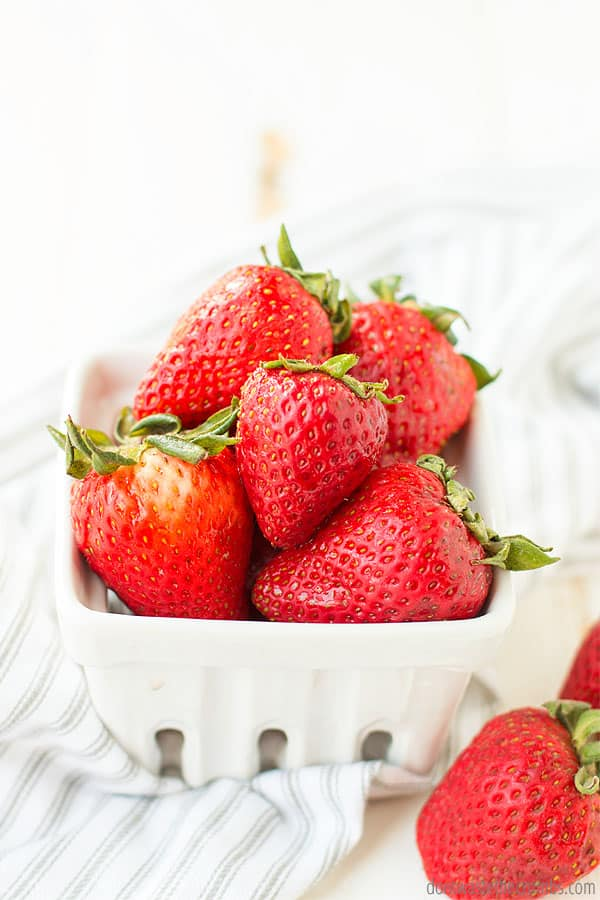 Incorporating fresh fruit as snacks for your meal plan is a great way to do simple meal planning.
