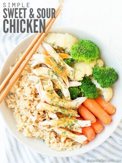 This healthy sweet and sour chicken recipe can be made with or without pineapple (your choice!) and an easy homemade sauce instead of bottled! It's quick and easy - perfect for a weeknight dinner! :: DontWastetheCrumbs.com
