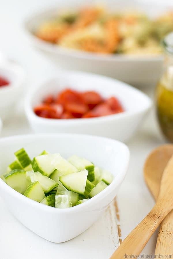 Italian pasta salad (a.k.a. copycat Suddenly Salad)