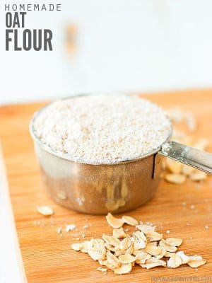 Learn how to make oat flour at home with this simple tutorial. Save 50% by making homemade oat flour instead of buying store-bought, and improve texture & flavor in your favorite recipe! Plus tips for using an oat flour substitute in baking. :: DontWastetheCrumbs.com