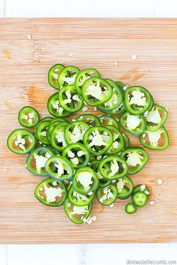 fresh jalapenos for easy canning recipe