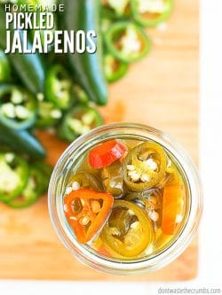 An easy method for making crunchy quick pickled jalapenos in under 10 minutes, with a tutorial for canning or storing in the fridge. The BEST addition for tacos! :: DontWastetheCrumbs.com