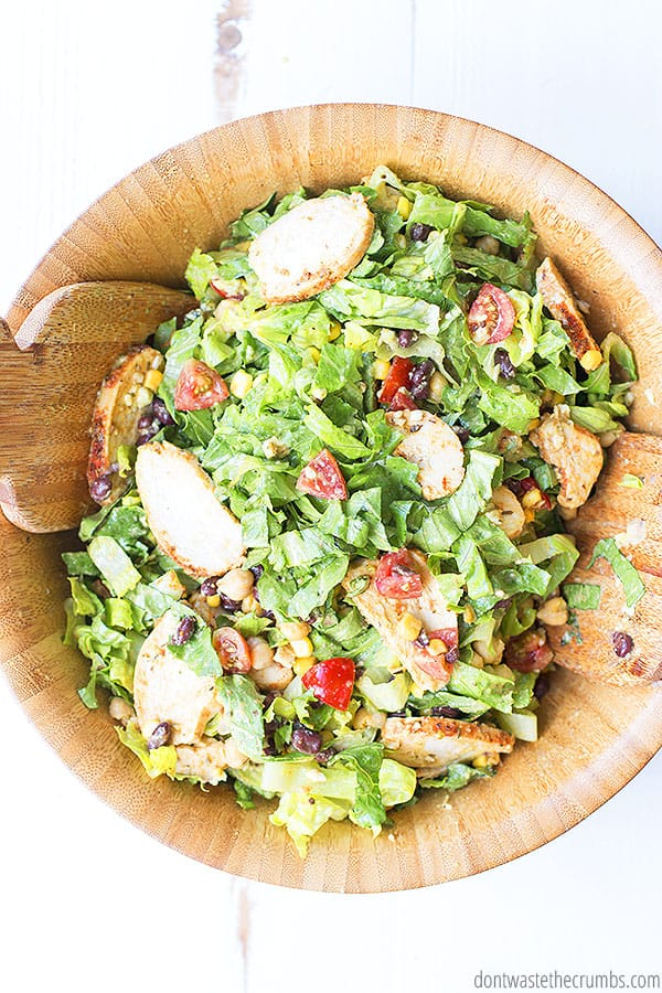 easy salad with chicken and southwest dressing