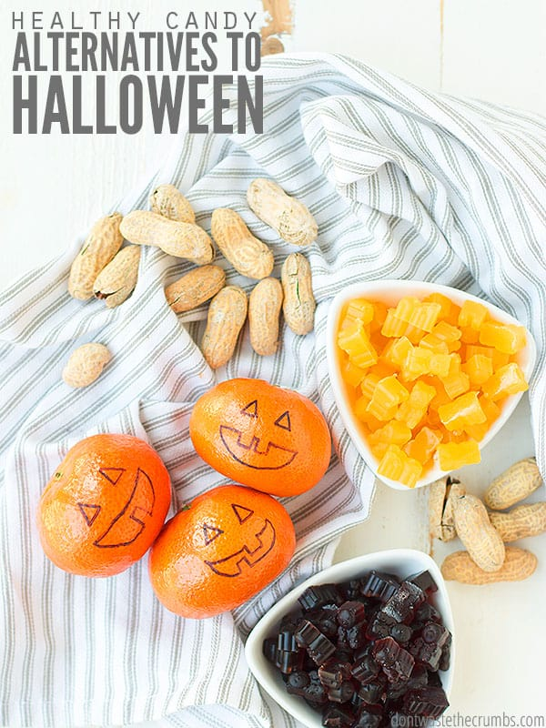 Creative ideas for Halloween candy alternatives that are healthy and low on sugar!
