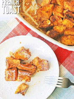 This easy overnight pumpkin french toast casserole tastes just like pumpkin pie! This slightly sweetened dish is perfect for sleepover parties, holiday brunches, and meal prep for busy school mornings! :: DontWastetheCrumbs.com