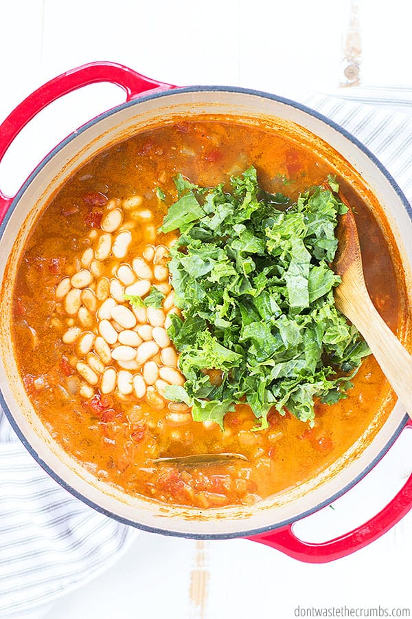 Great northern beans are delicious and hearty! A perfect choice for this classic minestrone soup recipe!