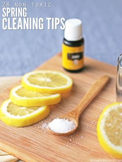Non-toxic spring cleaning tips to get your home sparkling clean (chemical-free)! Plus my favorite DIY natural products for the kitchen, bedroom, & bathroom!. :: DontWastetheCrumbs.com