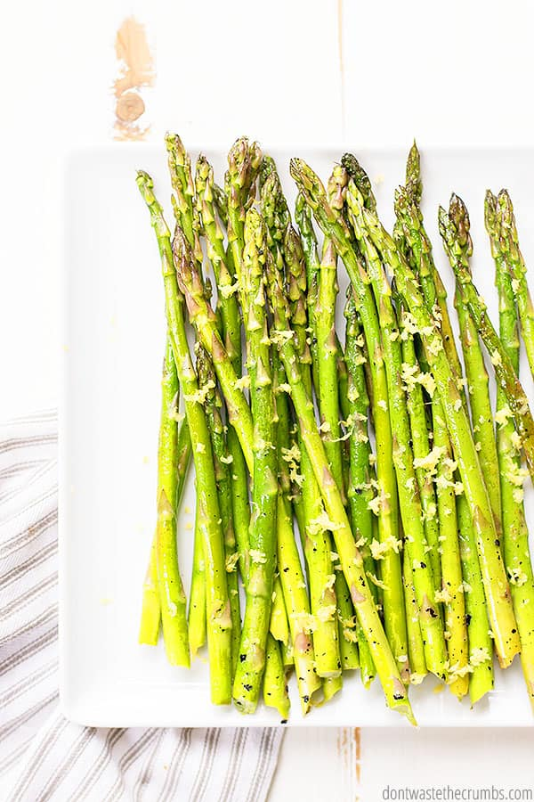 This butter asparagus with lemon and pepper serves beautifully as a side with honey garlic chicken or blackened salmon! Takes the guesswork out of what to meal plan as a side dish!