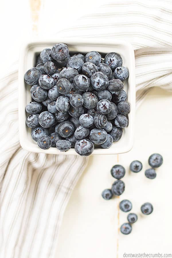 Fresh berries and even frozen berries and fruits are a naturally gluten free option, which are very affordable at Aldi! Even organic fruits are a great price!