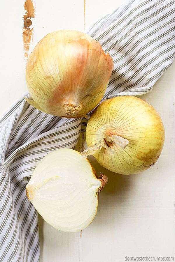 Sweet onions are coming into season just about now! It's the best time to find a good price and get DELICIOUS produce.