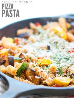 Super easy 20-minute recipe for Skillet Pizza Veggie Pasta that makes vegetables taste like pizza! This vegetarian recipe is versatile and can be made with seasonal veggies from your garden, gluten-free, or even dairy-free! :: DontWastetheCrumbs.com
