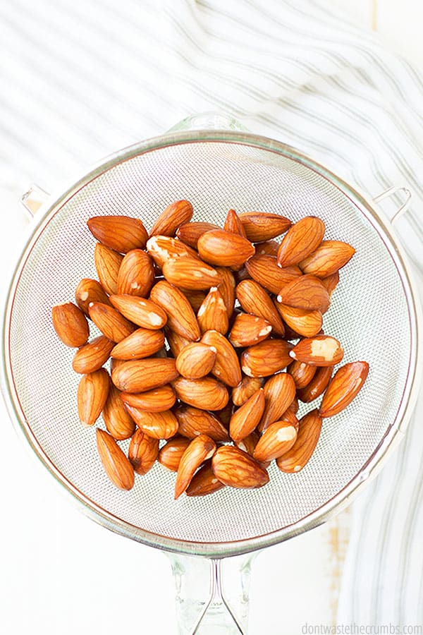 Enjoy the health benefits of eating sprouted almonds with this easy guide for how to make them at home.