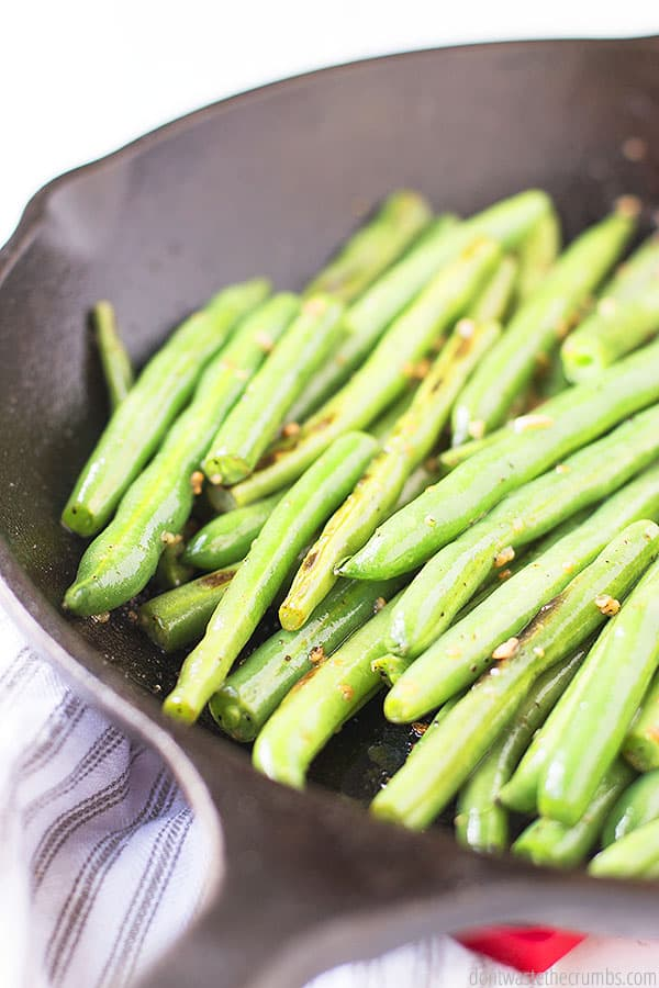 These savory melt in your mouth green beans can be made with fresh garlic or pre-minced garlic