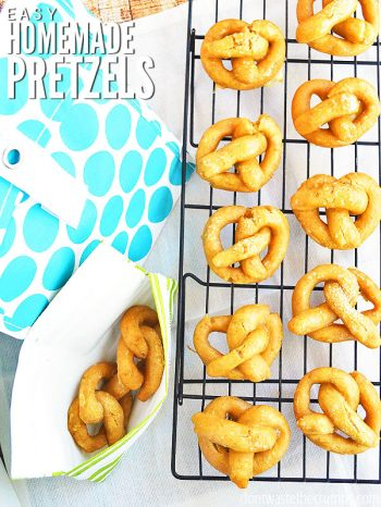 Ready for an easy soft pretzel recipe that comes out delicious and even smells like the ones from a pretzel shop? Gluten-Free option too! :: DontWastetheCrumbs.com