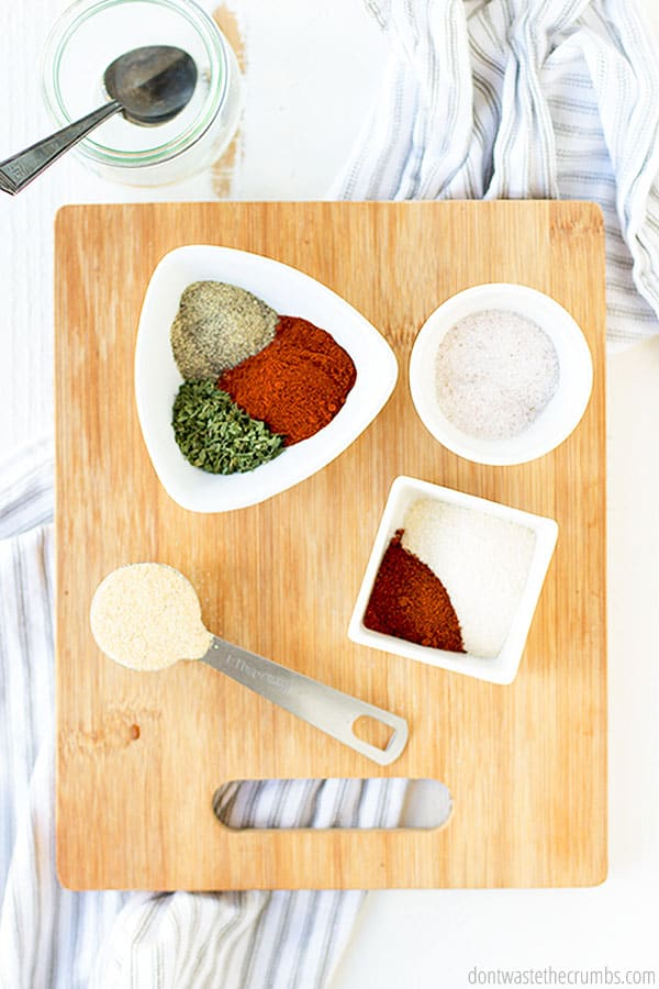 Made of garlic powder, onion powder, salt, chili powder, paprika, dried parsley, and black pepper, this seasoning salt is the perfect natural blend for your favorite recipes!