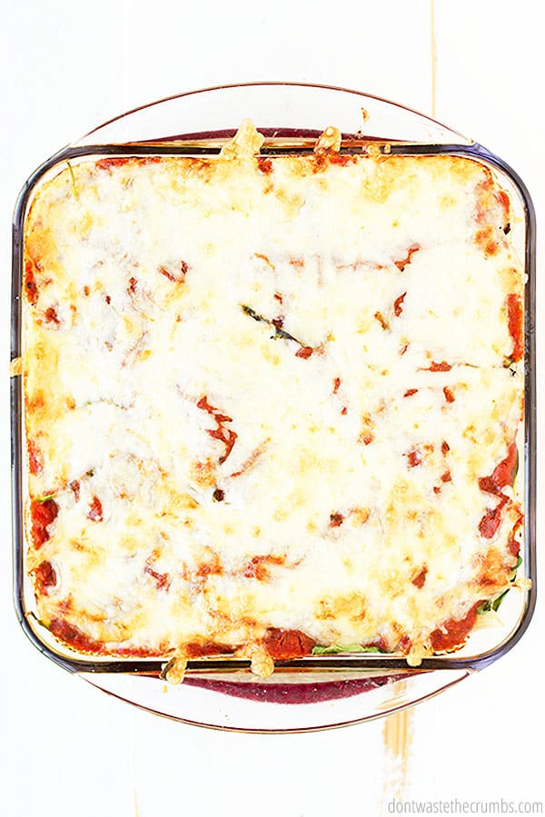 This healthy and easy baked ziti is loaded with cheese and 9 different veggies! This is a yummy frugal meal for the family!