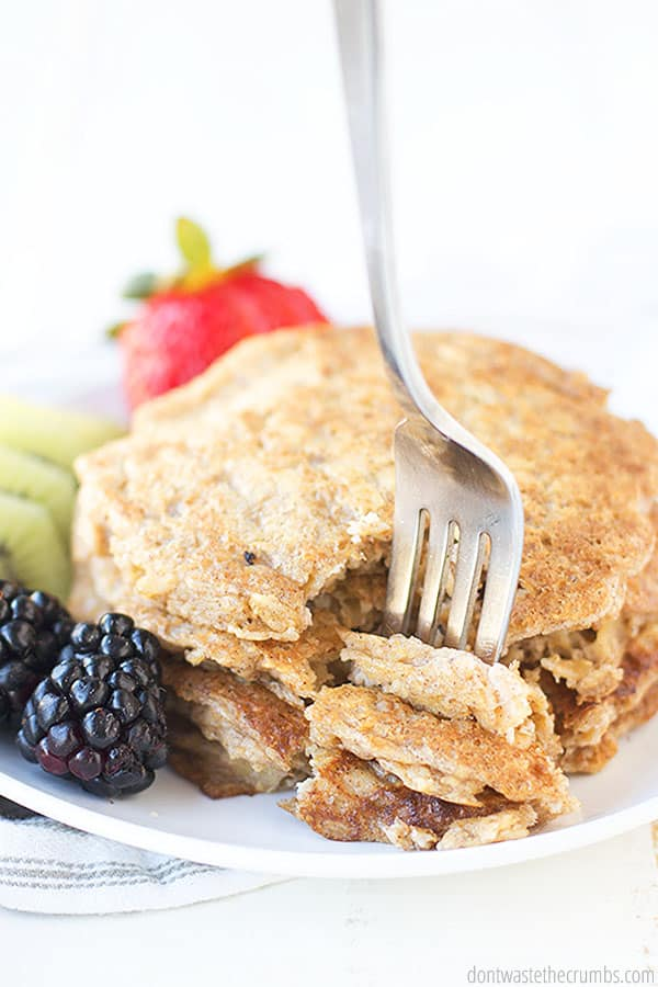 These soft and yummy oatmeal pancakes are gluten free and vegan. Pair with some fresh fruit such as blueberries and strawberries.