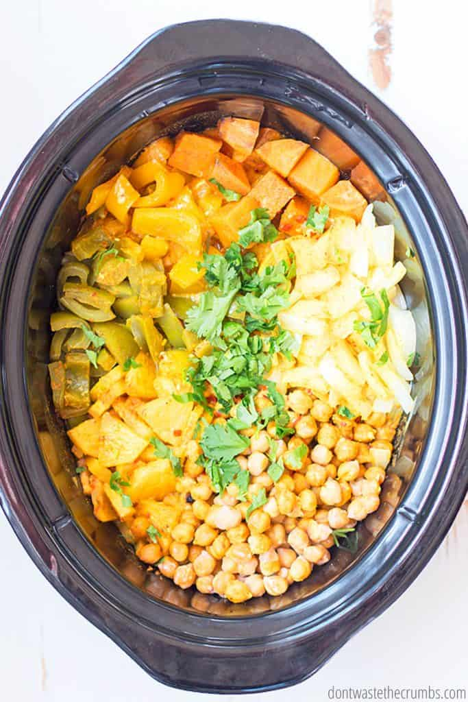 This slow cook vegetarian curry is great when you're busy and all you have do is dump 9 ingredients and press a button!